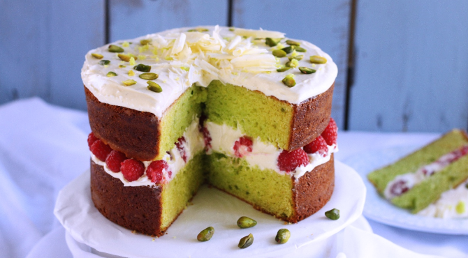 Layers of delicacy: Pistachio Raspberry cake