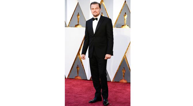 Leonardo Di Caprio at oscars 2016