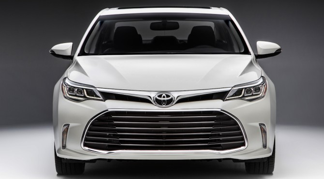 Toyota Avalon 2016 front view image